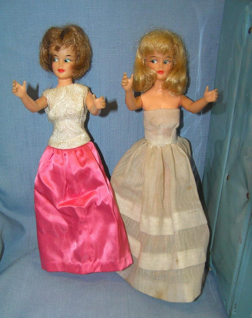 Barbie doll collection featuring 4 vintage dolls and - 2