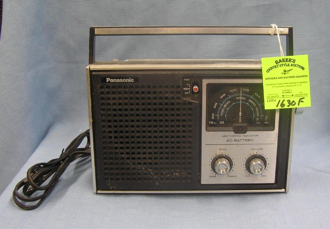 Vintage Panasonic AM FM radio