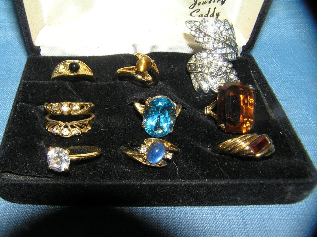 Collection of quality costume jewelry rings - 2