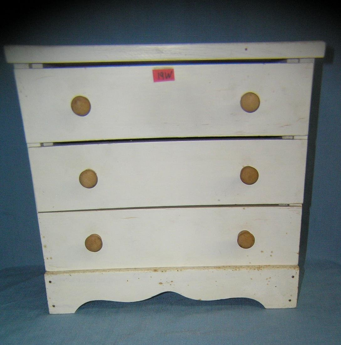 Vintage 3 drawer miniature chest of drawers