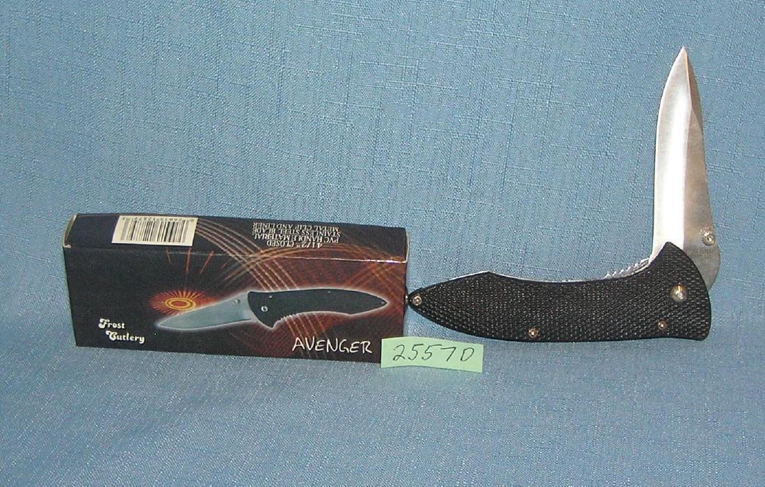 The Avenger folding pocket knife