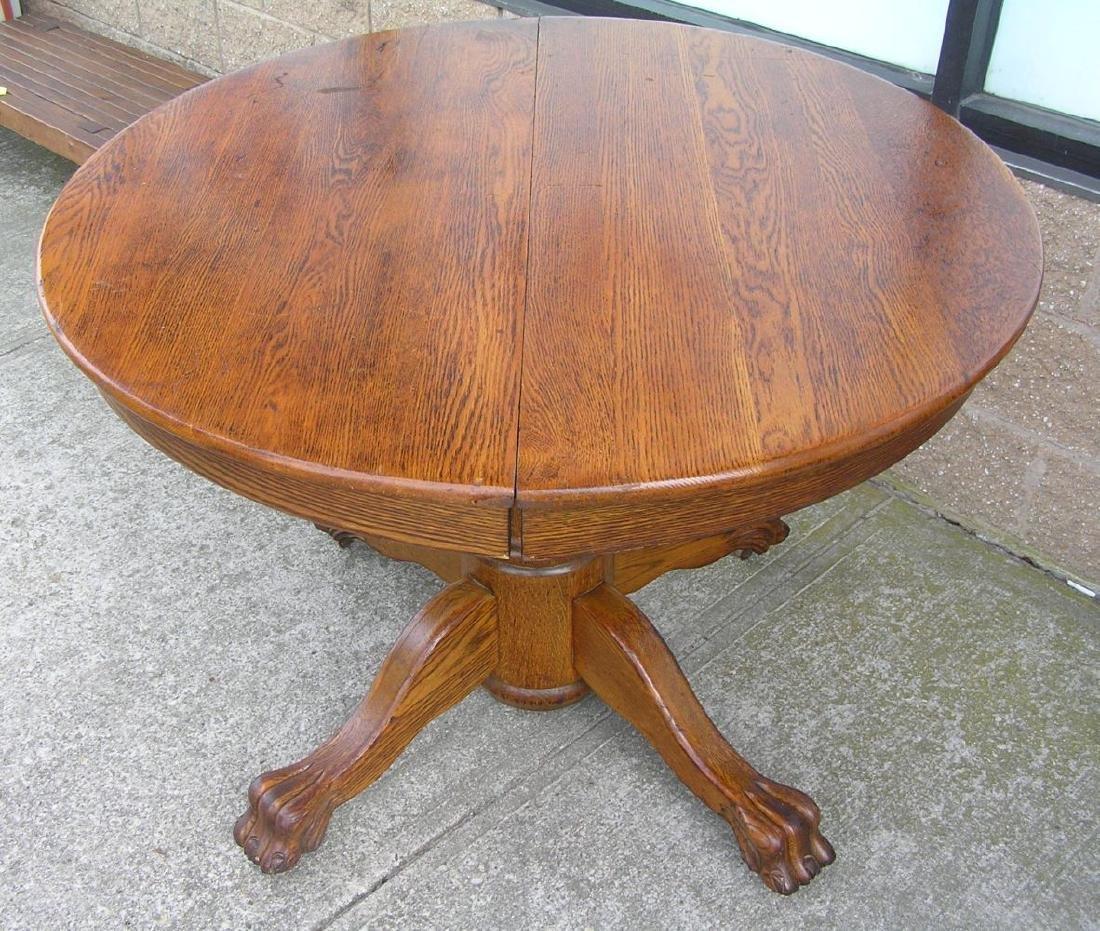 Antique oak round table