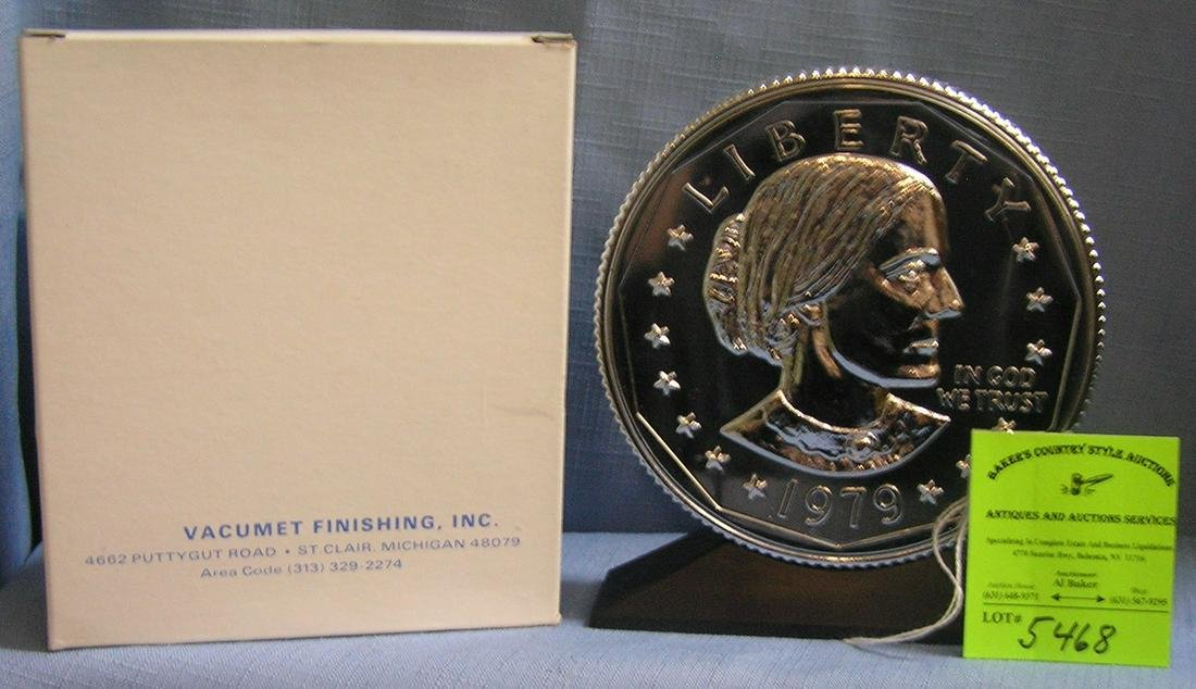 Vintage Susan B Anthony coin bank mint in org. box