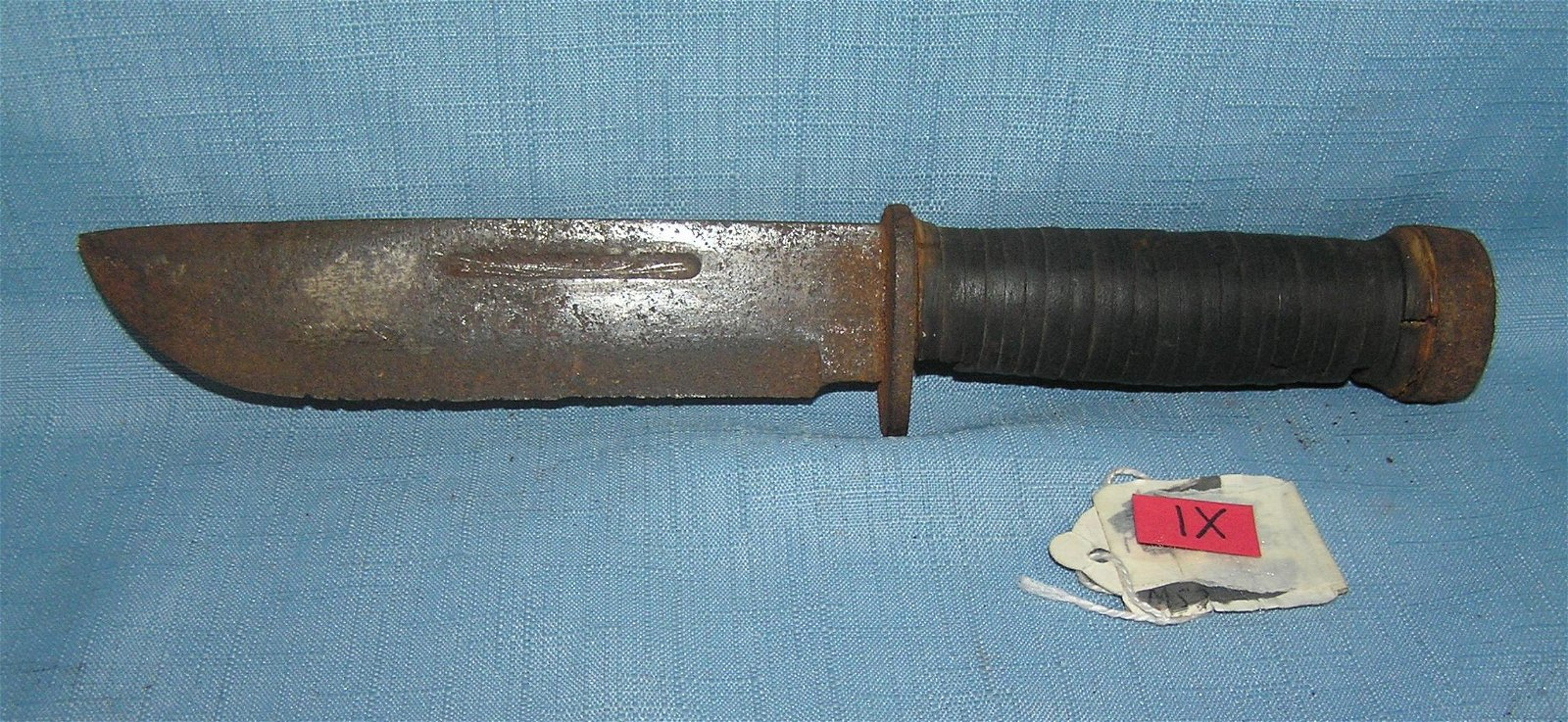 WWII military fighting knife