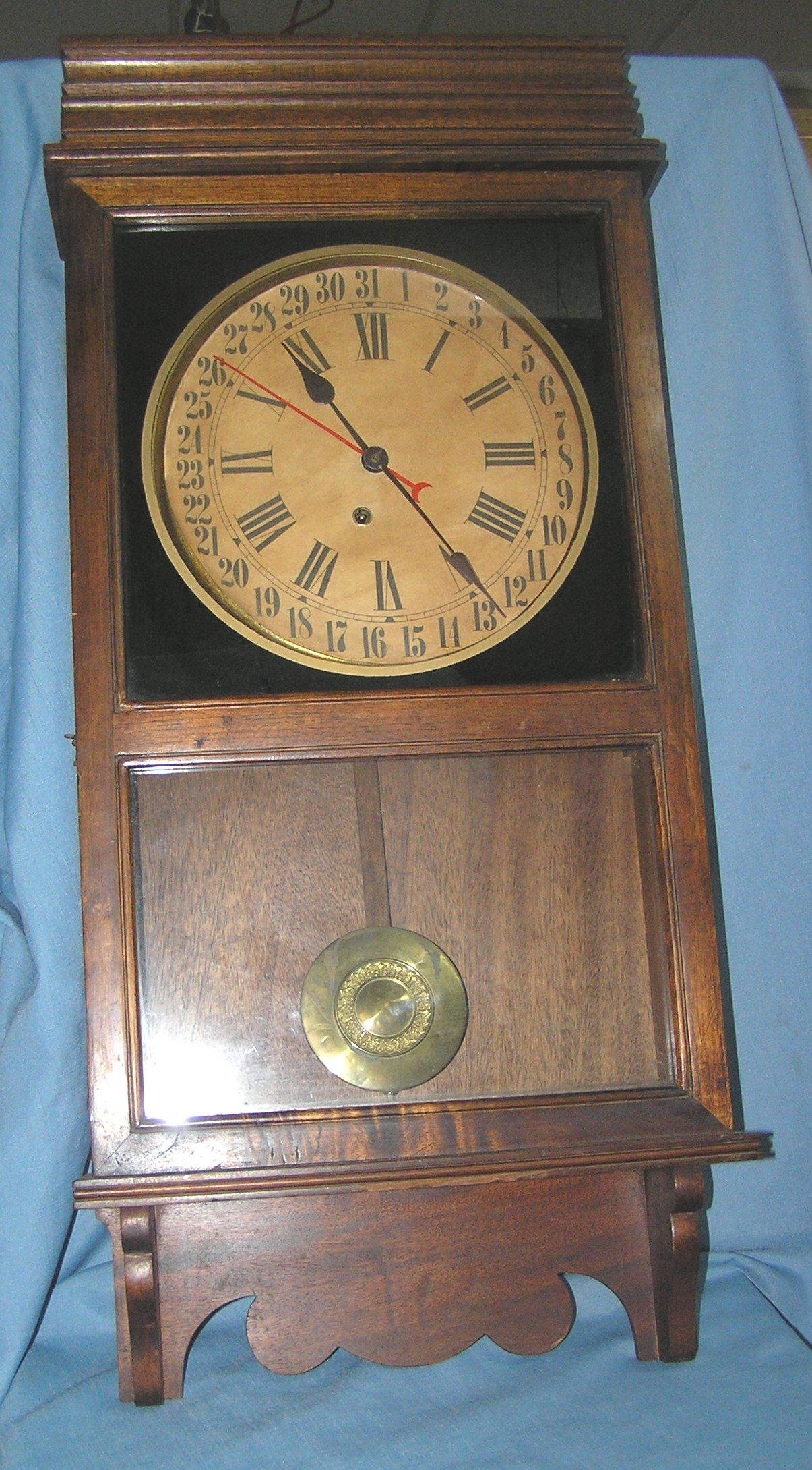 Great oak case regulator clock
