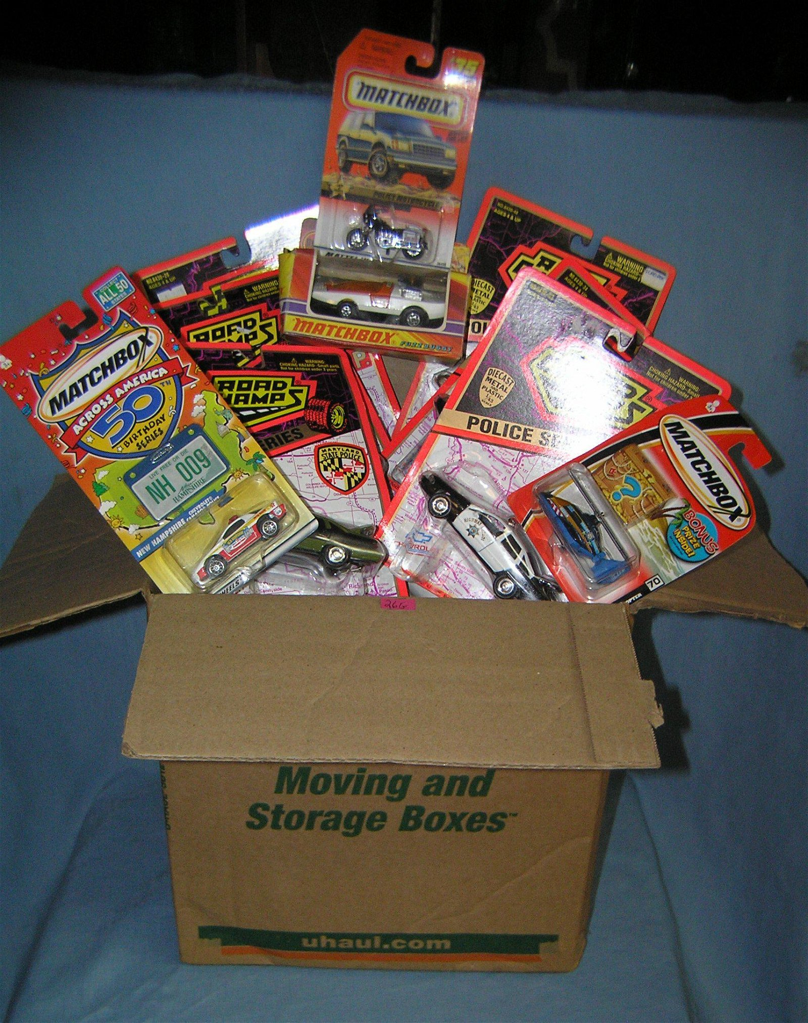 Box full of vintage Hot Wheels, Matchbox and assorted