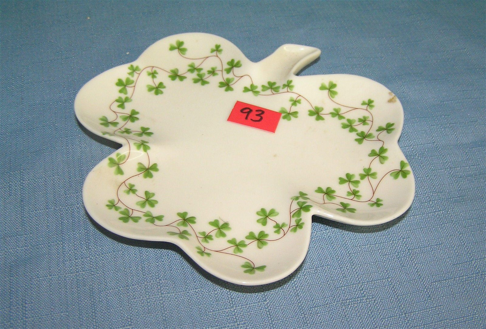 Quality Irish leaf shaped candy dish
