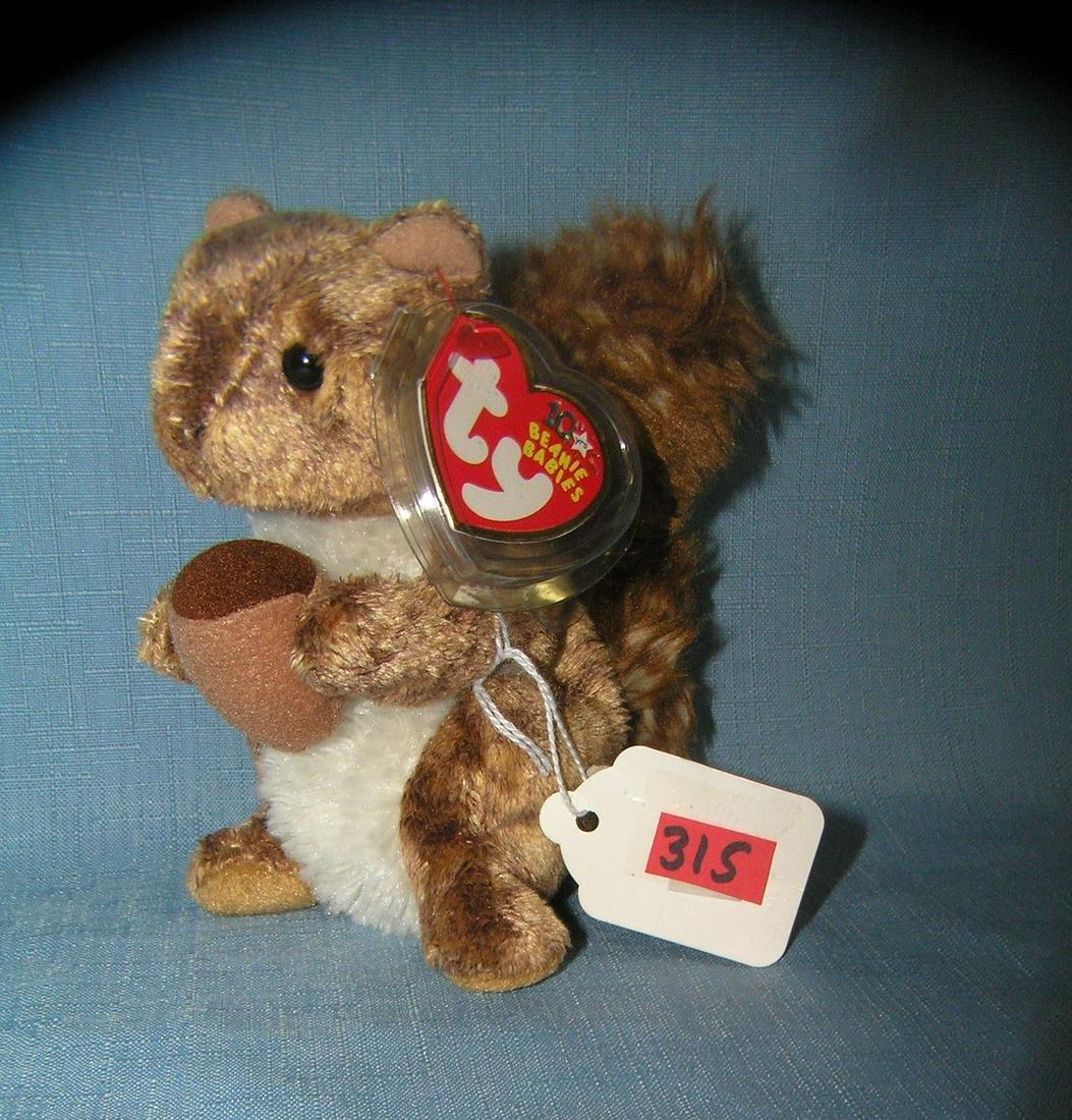Vintage Nutty Beanie Baby Squirrel
