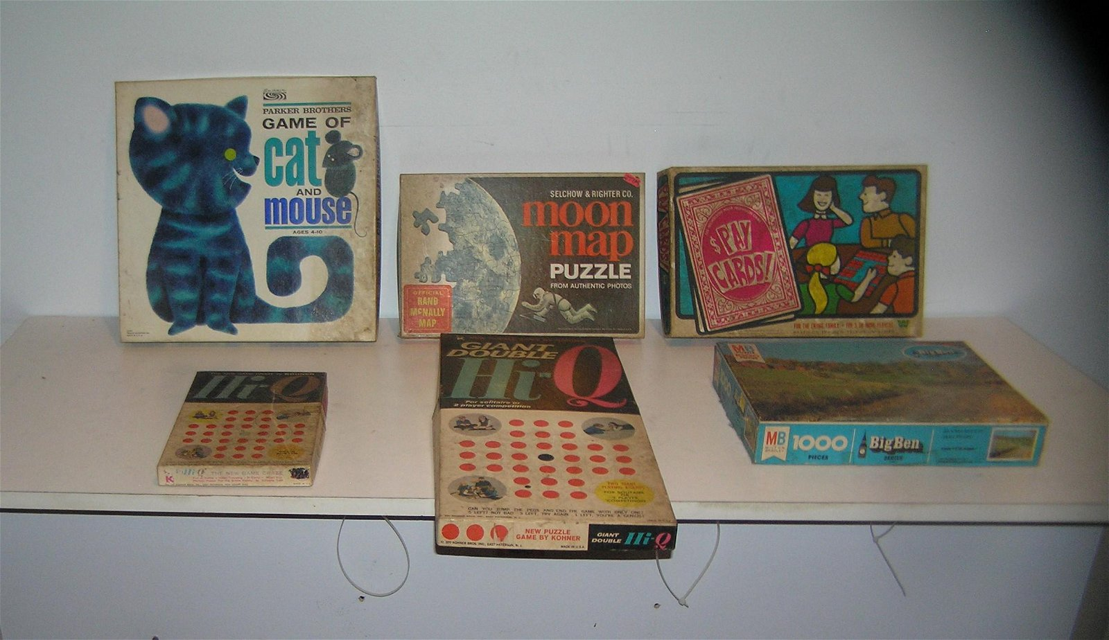 Large group of vintage games and puzzles