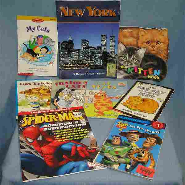 Box of comic books and collectibles magazines