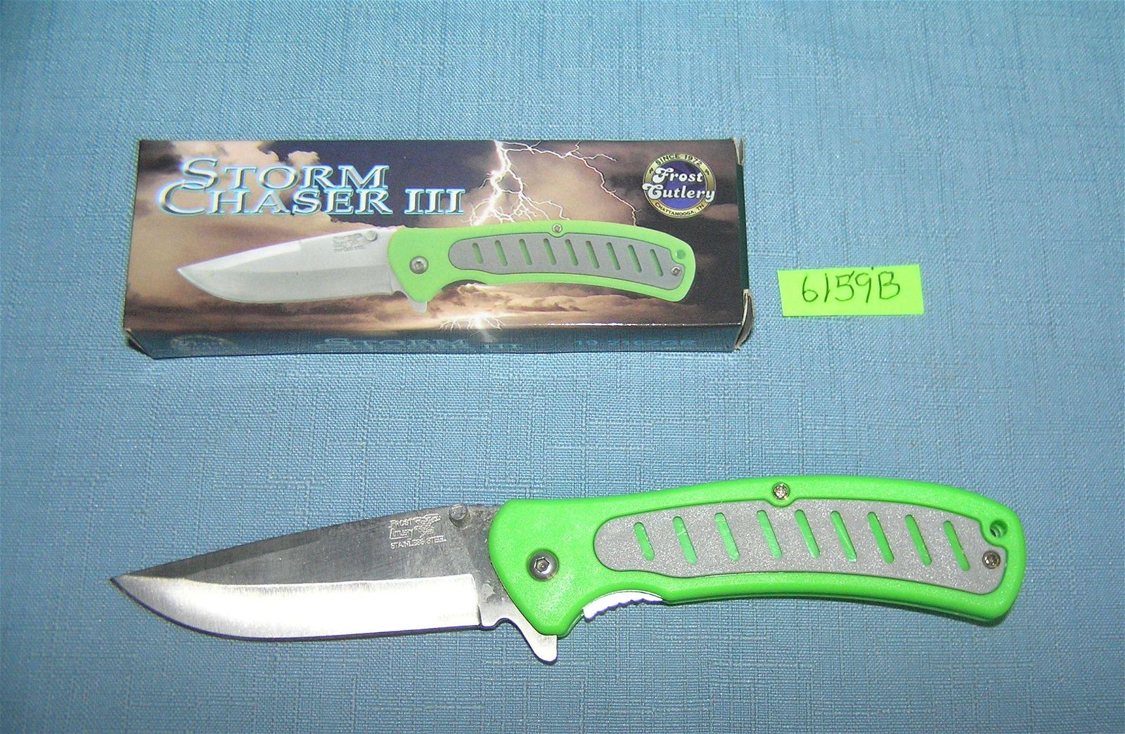Storm Chaser pocket knife with box