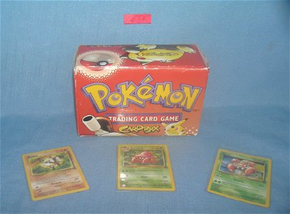 Pokemon dealer display empty box and 3 early cards