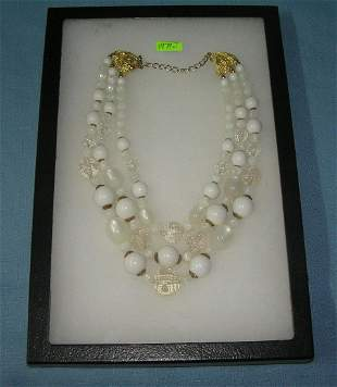 Quality vintage costume jewelry necklace