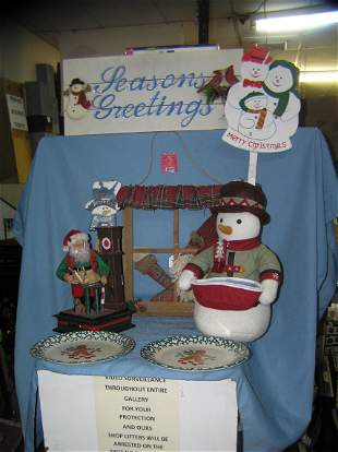 Group of vintage Christmas collectibles