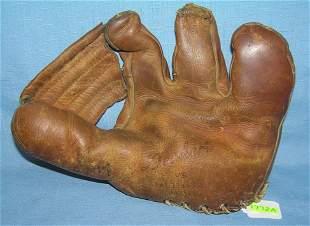 Vern Stephens autographed model baseball glove