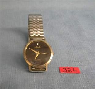 Moulin quartz gentleman's wrist watch
