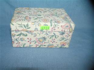 floral material decorated jewelry box