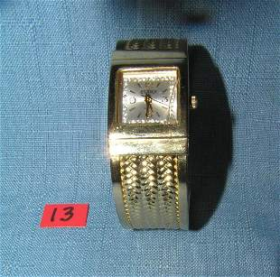 Vintage gold toned wrist watch