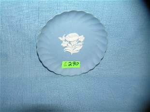 Vintage blue Wedgwood floral dish made in England