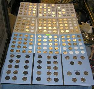 4 collector books of US state quarters