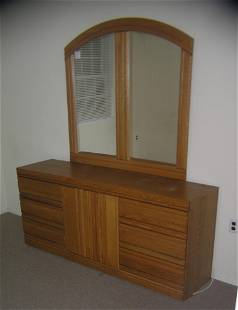 Modern oak 6 drawer dresser and mirror set
