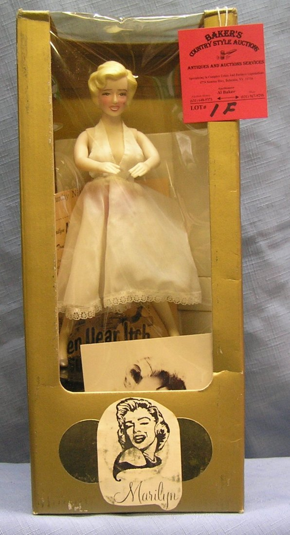 Battery operated Marilyn Monroe mechanical coin bank