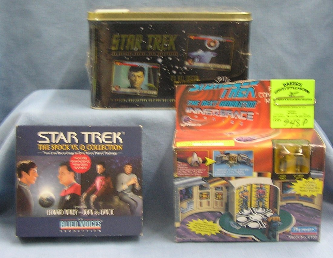 Group of 3 vintage Star Trek collectibles