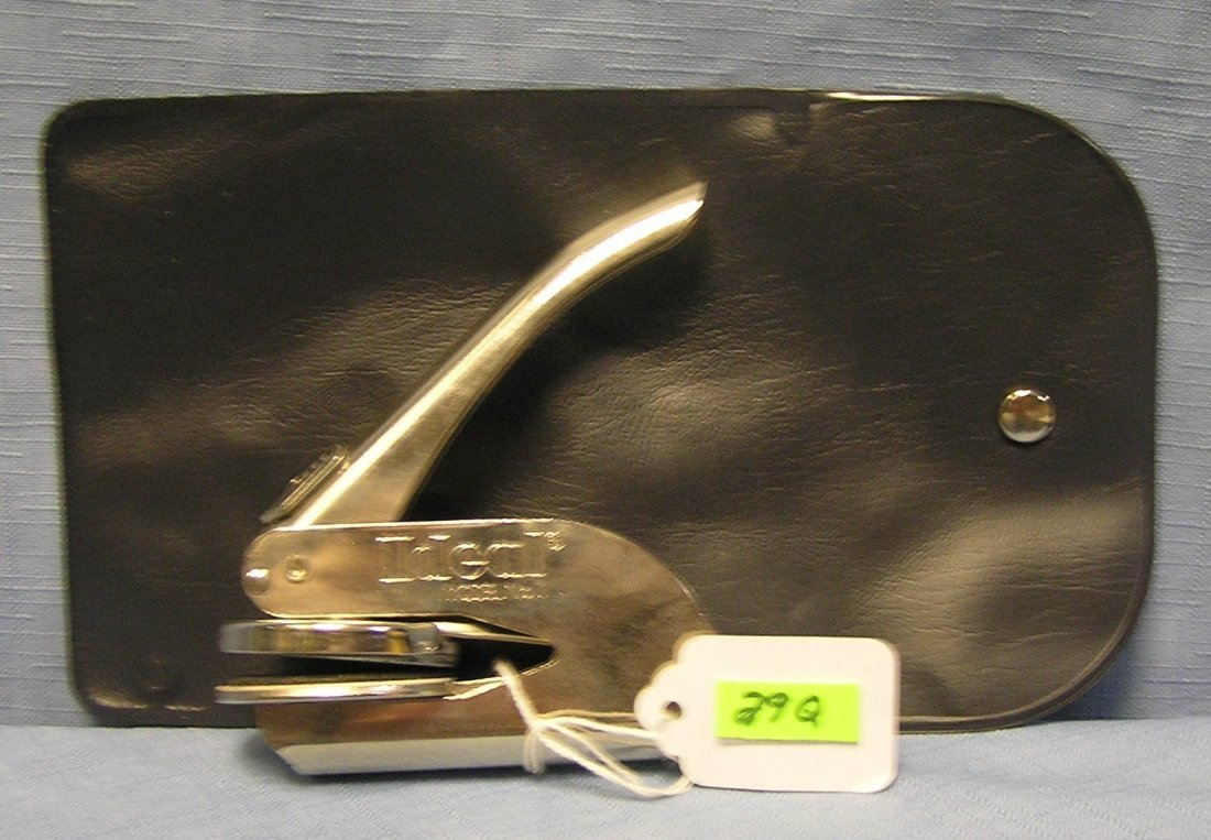 Vintage Ideal seal maker with original pouch
