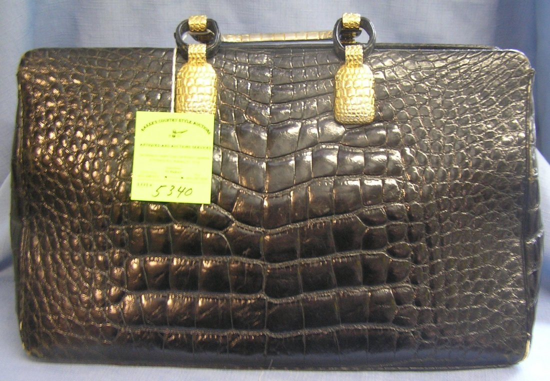 Very high quality signed Judith Leiber leather handbag