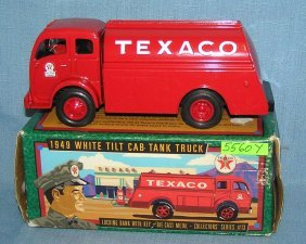 1949 Texaco Tanker Truck Bank