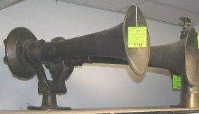 Pair Of Fire Department/railroad Emergency Horns
