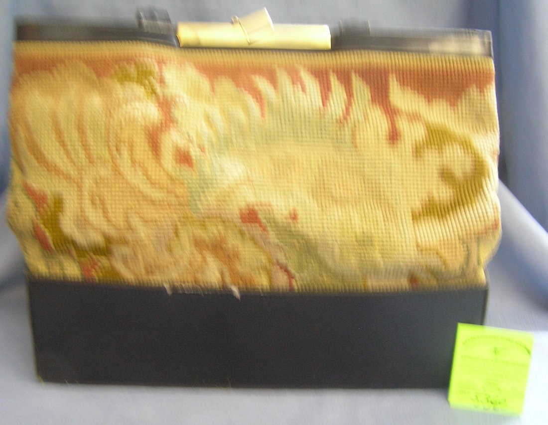 Vintage high quality embroidered hand bag