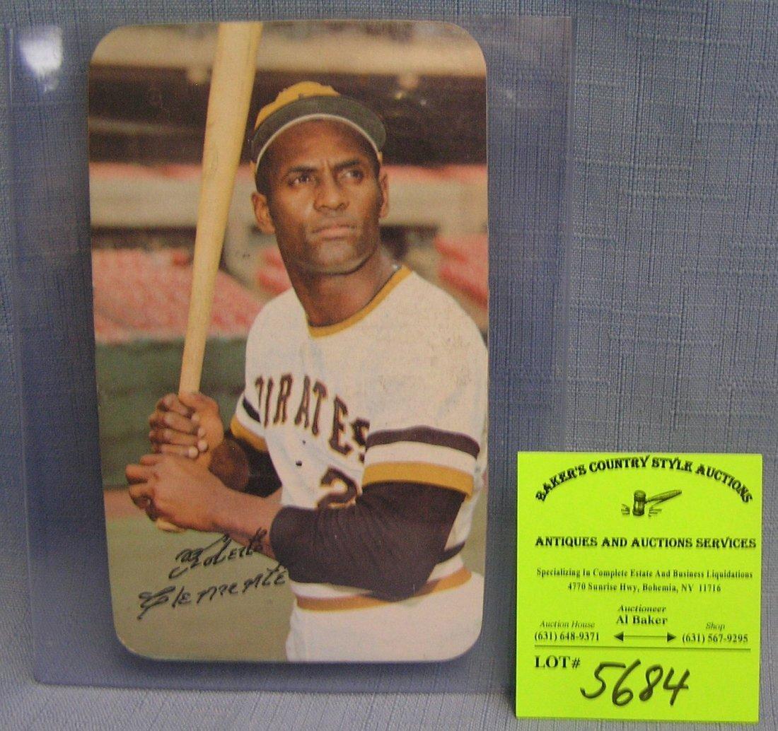 Topps Oversized Roberto Clemente Baseball card