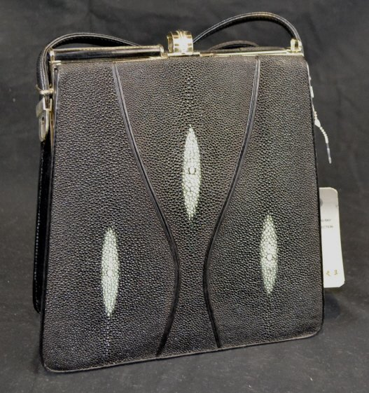 Sting Ray Leather Purse As-Is Sting Ray Leather Purse