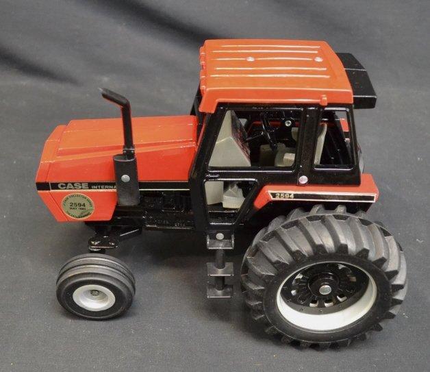 Case International Die Cast Model Tractor Case