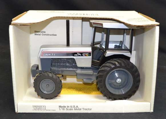 White Model Metal Tractor Toy White Model Metal Tractor