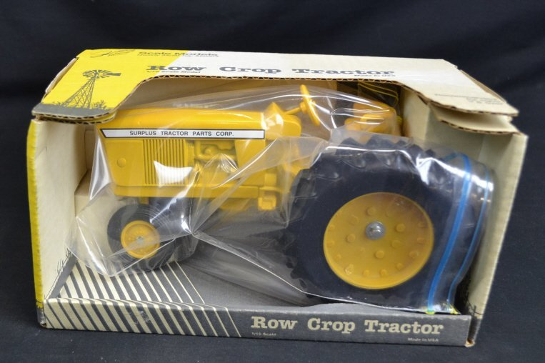 1/16 Scale Die Cast Metal Row Crop Tractor 1/16 Scale