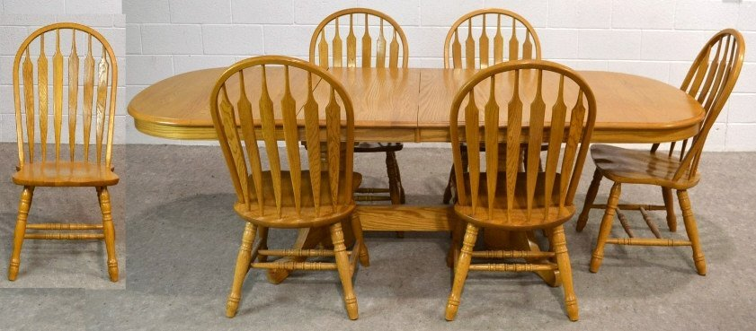 lee oak dining table, 6 chairs, & 2 leafs