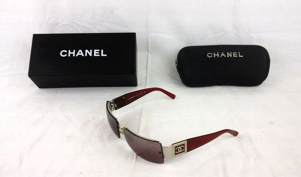 Women's Chanel Sunglasses Model 4095 B