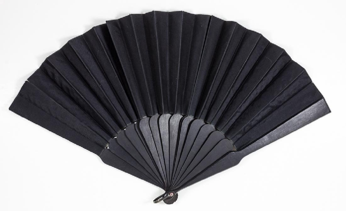 MARY TODD LINCOLN'S BLACK MOURNING FAN
