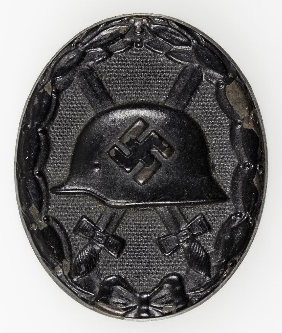 WOUND BADGE IN BLACK