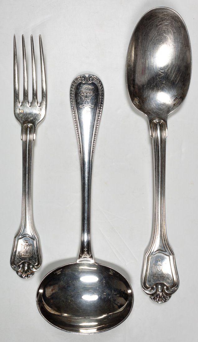 SADDAM HUSSEIN TABLE SILVER
