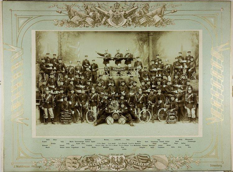 GERMAN SOLDIERS' GROUP PORTRAITS