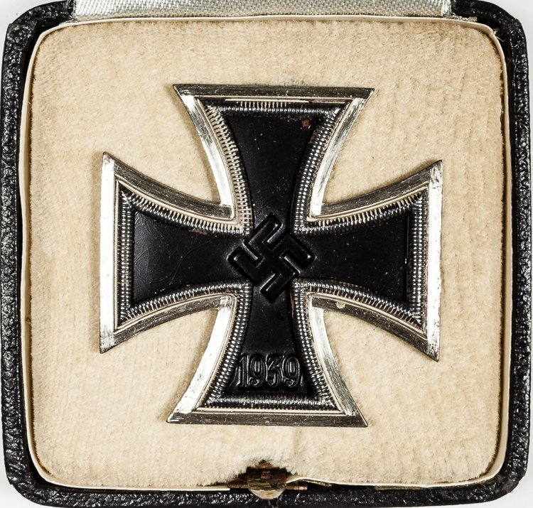 IRON CROSS, FIRST CLASS WITH CASE AND CARTON