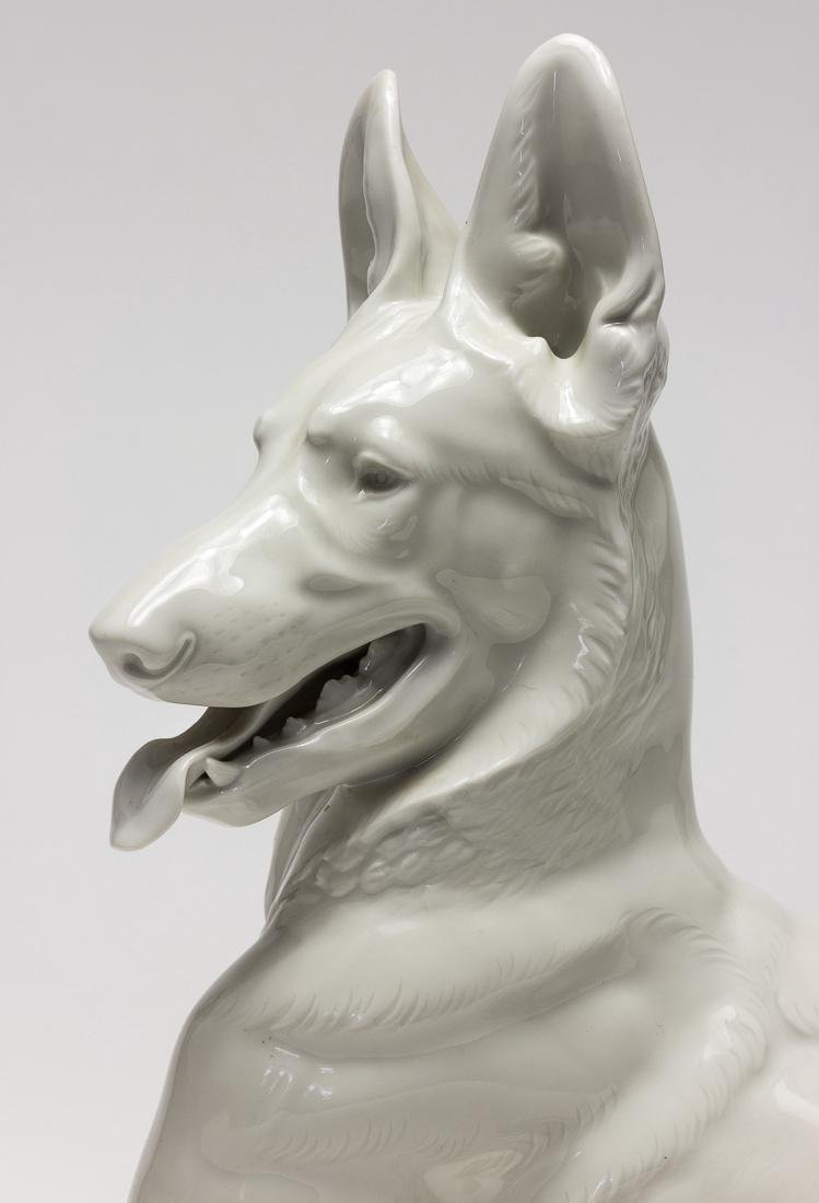 ADOLF HITLER'S ALLACH PORCELAIN ALSATIAN, TAKEN FROM - 5
