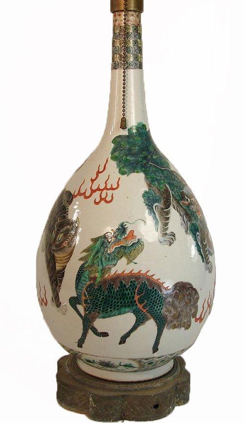 Well Painted Chinese Famille Verte Bottle Vase Foo Dogs