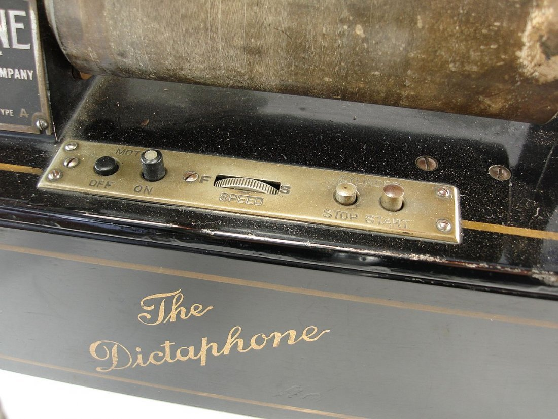 The Dictaphone Columbia Graphophone Company - 3