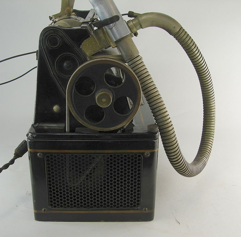 The Dictaphone Columbia Graphophone Company - 9