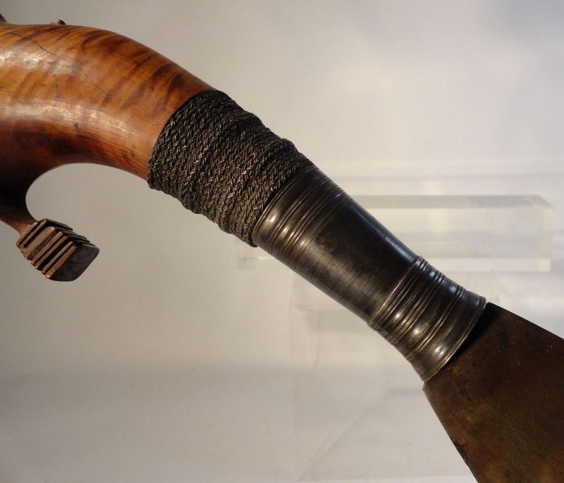 Antique Philippine Moro Barong Sword Kakatua Hilt - 8