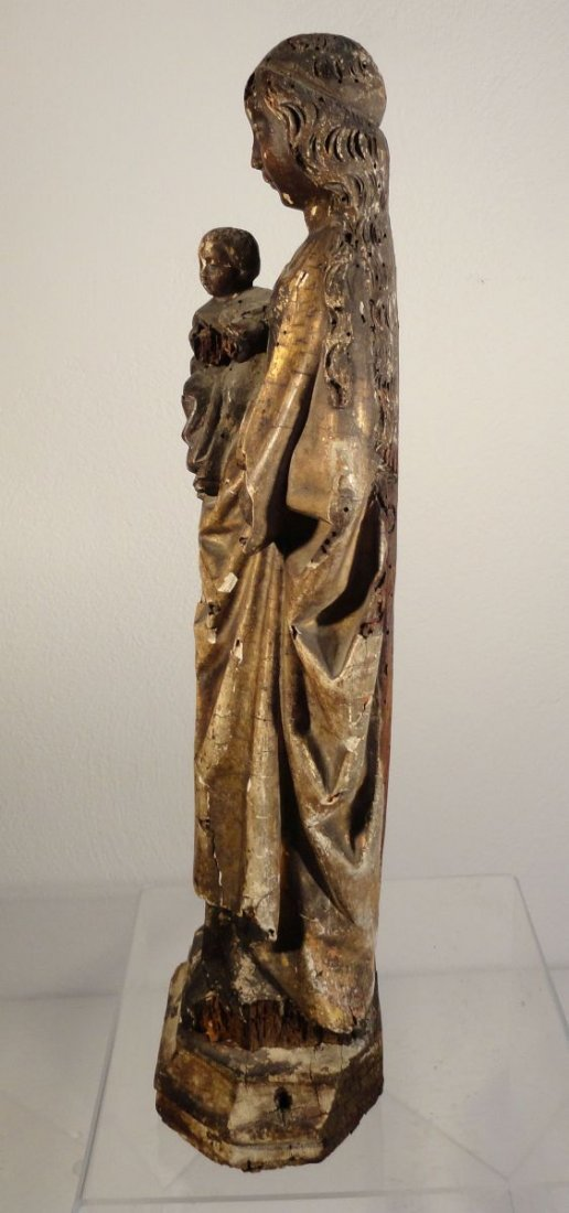 Beautiful16th cent Madonna and Child Carved and Painted - 10